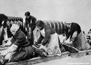 femmes14-18-munitionnettes